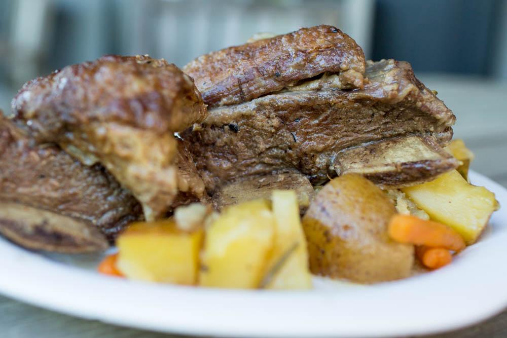 Braised grass-fed beef short-ribs | rockyhillfarmbeef